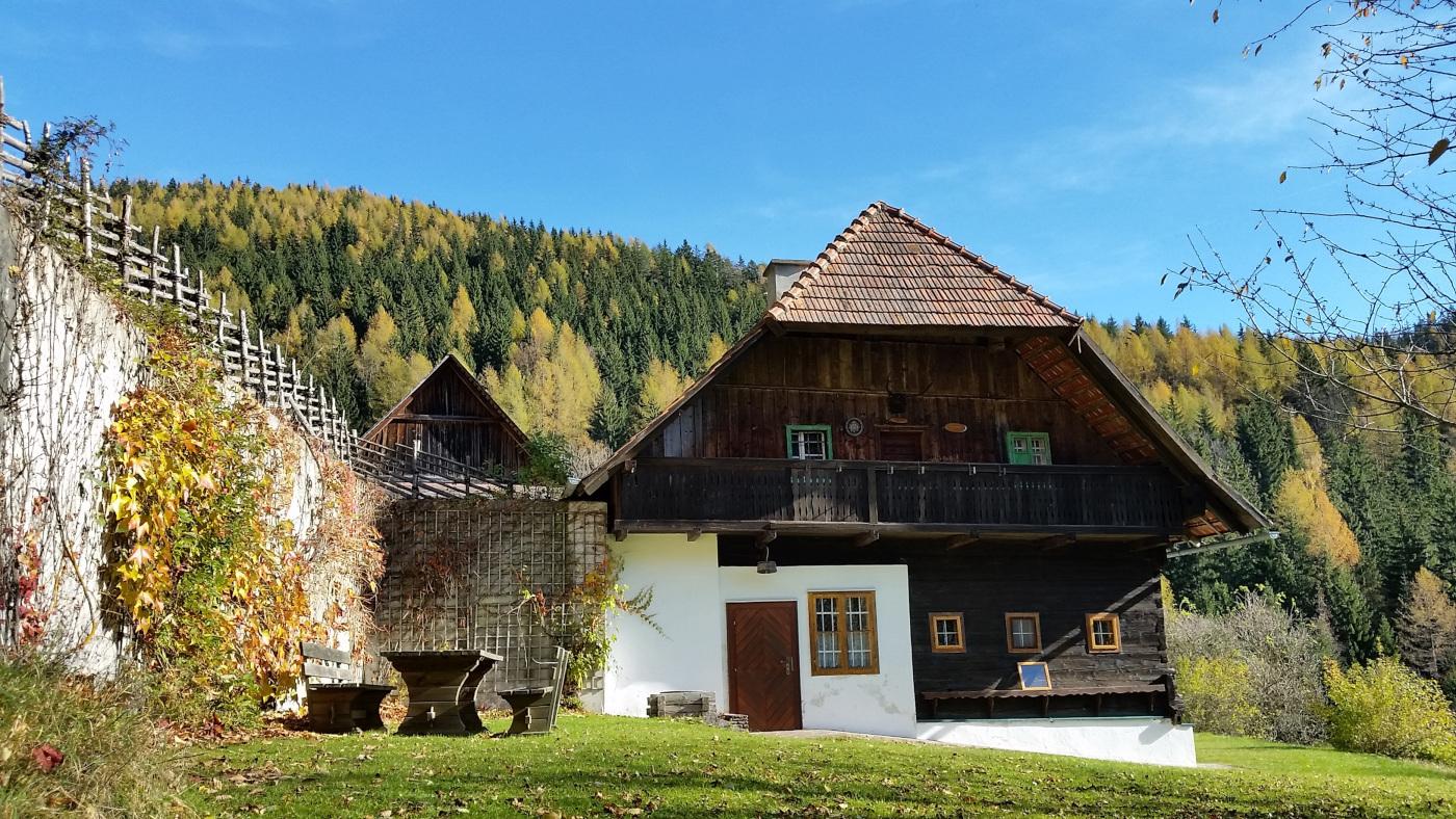 landhaus great landhaus carrefour des valles with. Black Bedroom Furniture Sets. Home Design Ideas